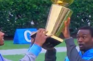 That time Harrison Barnes almost dropped the Larry O'Brien trophy at UNC