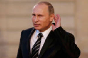 Russian airstrikes hit ISIS stronghold in Syria for first time