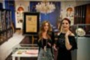 priscilla presley will 'never' move out of beverly hills home...