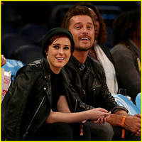 dwts' rumer willis & chris soules reunite for the knicks game!
