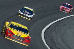 Joey Logano dominates Bank of America 500, advances in Chase