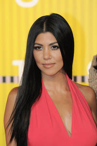 Kourtney Kardashian, Justin Bieber Hooking Up? Reality Star Spotted Leaving Club With Biebs