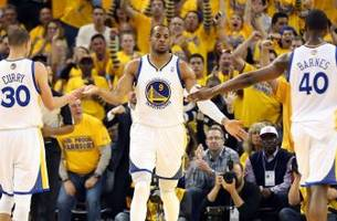 Andre Iguodala is trying to get Harrison Barnes paid this summer