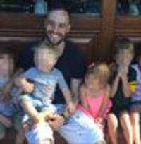 killer oscar pistorius pictured grinning as he celebrates his birthday with young cousins