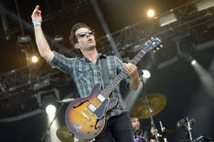 Stereophonics bail last-minute, but music still lights up the City