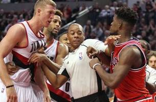 Bulls' Butler 'not playing' about having Blazers' Plumlee pay fine