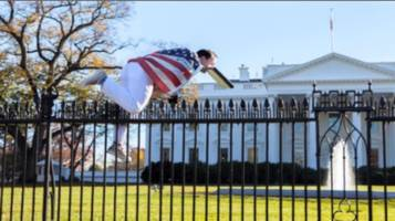 Man Who Jumped White House Fence Left Suicide Notes: Court Documents