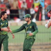 Afridi becomes highest wicket taker in T20 cricket