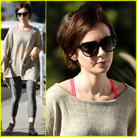 lily collins has got some serious baking skills