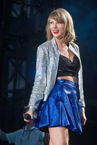 Taylor Swift Surprises Superfan Who Is Going Deaf, Grants Wish To Hear Her Perform Before It's Too Late