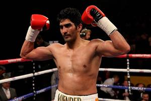 vijender singh to face experienced bulgarian samet hyuseinov next on december 19