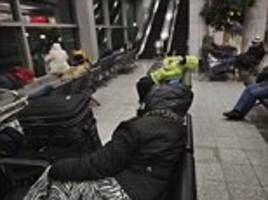 video shows the homeless residents of new york's laguardia airport