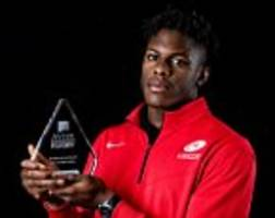 maro itoje named aviva premiership player of the month for december as saracens second row awaits england call