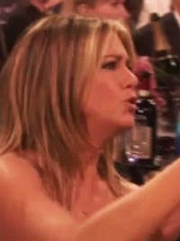 watch jennifer aniston order a guest to 'move' at the critics' choice awards