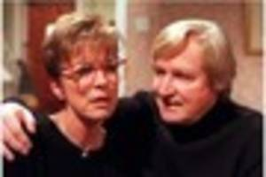 william roache: watch derbyshire-born actor pay tribute to anne...