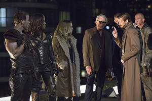 'legends of tomorrow' producer previews 'arrow'-'flash' spinoff: 'this group is insane'