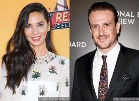 olivia munn and jason segel are made oscars' arts and sciences hosts