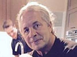 blogs of the day: wrestling legend bret hart has cancer