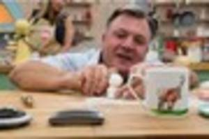 great sport relief bake off: former notts schoolboy ed balls...