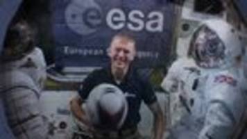 video: astronaut peake launches six nations