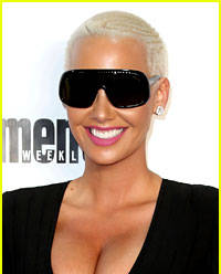 amber rose looks so different in her middle school portrait