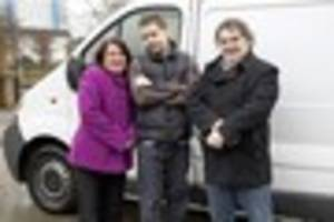 The Big Benefits Handout: 'Tidy & Sons' Hull family given...
