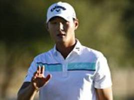 new zealand's danny lee grabs phoenix open lead as phil mickelson fights back to sit five strokes off the pace