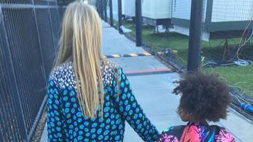 coldplay chris martin, beyonce's daughters hang out before super bowl halftime show