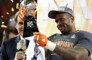 Super Bowl 50 MVP Miller offers support to former teammate Manziel