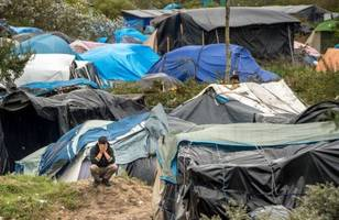 no 10: brexit would lead to calais camps in the uk