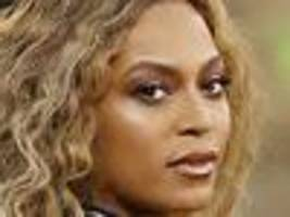 beyonce steals the show at super bowl