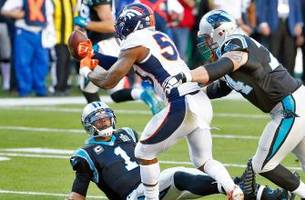 Broncos defense stuns Panthers with early touchdown