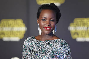 lupita nyong'o in talks to star in amblin sci-fi thriller 'intelligent life'