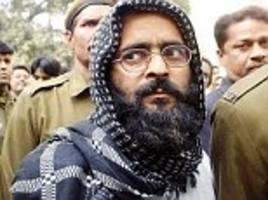 Clashes at JNU as left-leaning students mourn Afzal Guru's death anniversary