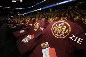 ZTE, the Cleveland Cavaliers and Fans Celebrated the Year of the Monkey Together