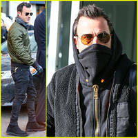 justin theroux admits to a few hidden talents!