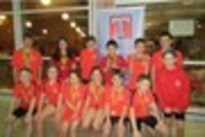 fifteen youngsters from tiverton swimming club take part in 2016...