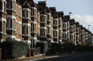london's renters are £300 a year poorer this year than last