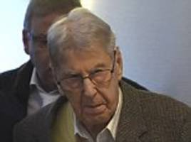 nazi death camp guard reinhold hanning, 94, goes on trial for auschwitz