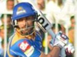 ravi bopara hits unbeaten 71 before taking 6-16 with the ball as karachi kings thrash lahore qalandars in pakistan super league