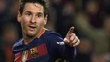 messi finally wins monthly award