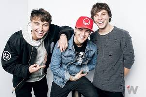 watch emblem3 perform new song 'end of summer' at thewrap studio (video)