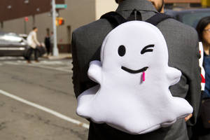 snapchat hopes you'll subscribe to video channels