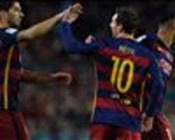 Messi PASSES from the penalty spot for Suarez to score hat-trick