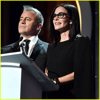 Courteney Cox & Matt LeBlanc Present Together at Writers Guild Awards 2016