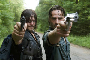 'walking dead': rick, daryl have strange encounter on the road