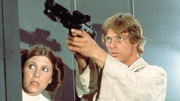hamill: luke skywalker could be gay