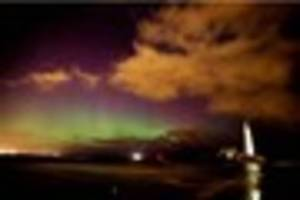 cambridge news published spectacular northern lights display visible in england - pictures