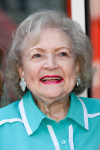 betty white betrayed by friend, sued for 'underpayment, exteme hours'