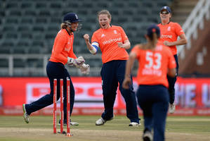 india vs. england: 11th match of women's world t20 2016 [live stream]